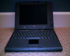 Macintosh PowerBook Duo 2300c